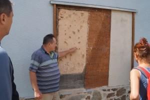 Putzaufbau: Kalkputz auf Lehmfachwerk.